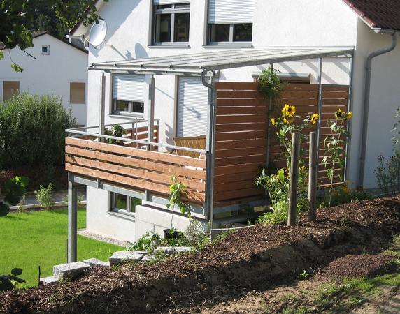 balkonanbau aus holz kreative ideen f r innendekoration und wohndesign. Black Bedroom Furniture Sets. Home Design Ideas