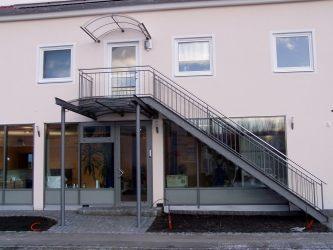 Außentreppe Stahl überdachungen